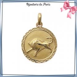 Pendentif zodiaque taureau rond plaqué or
